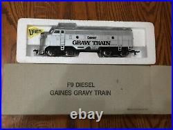 1988 BACHMANN Gaines Gravy Train HO Set 5 Cars, Engine, Track & Transformer MIB