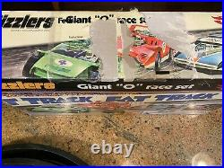 2006 Hot Wheels SIZZLERS Fat Track Giant O Race Complete Set with 3 Extra Cars