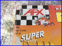 AFX Tomy Super G-Plus Raceway Slot Car Track Set Model 9865 INCLUDES 3 Cars