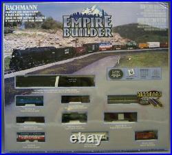 BACHMANN N SCALE EMPIRE BUILDER SANTA FE TRAIN SET steam engine freight BAC24009