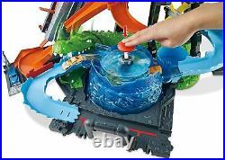 Hot Wheels Gator Car Wash Play Set Crank Elevator Color Change Crazy Track Water