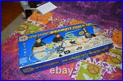Hot Wheels Highway 35 World Race Car Set and Ultimate Track Set