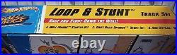 Hot Wheels Loop & Stunt 2 in 1 Wall Track & Diecast Car Set Y2741 Discontinued