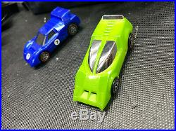Hot Wheels SIZZLERS Fat Track Giant O Race Set & Race Case 2006 2 cars