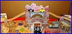 Kidkraft Disney Pixar Cars Radiator Springs Wooden Race Track Set & Train Table