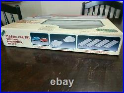 LEMAX CLASSIC CAR SET with 2 Way Track Village Collection 14671A New