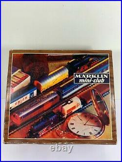 Marklin Z Mini Club 8901 Set, Diesel Engine & Passenger cars withtrack, Very Nice