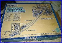 Rare Hot Wheels Mattel 1974 Cutoff Canyon Track Set Super Van + Mustang Stocker