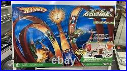 Sealed New in the Box 2005 Hot Wheels AcceleRacers AcceleDrome Track Set