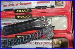 Vintage Tyco HO Electric Train Set Engine Cars Track Original Box