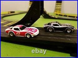 Vintage Tyco HO Scale Daredevil Cliff Hangers Slot Car Race Track Set Complete