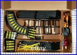 Vintage Tyco Sky Climber Cliff Hangers Slot Car Track 6229 Complete Set & Box